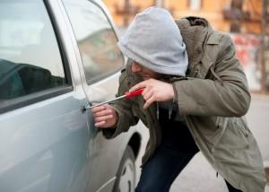 Melhores acessórios e serviços contra roubos de carros